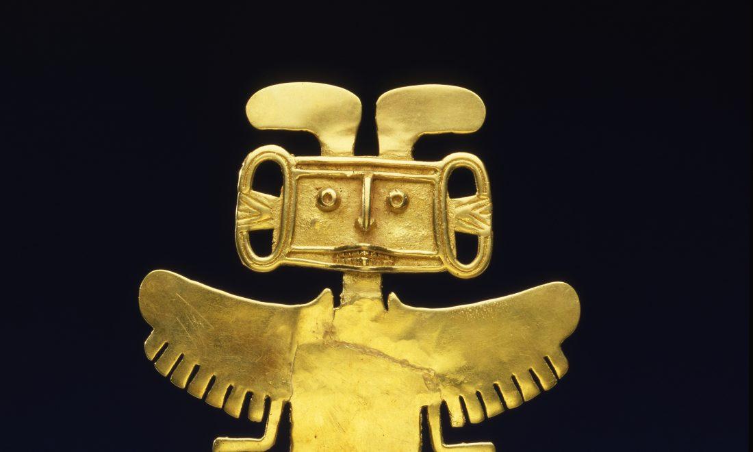 Aus Gold gegossener Brustanhänger eines göttlichen Mensch-Tierwesens, Kupfer und Gold