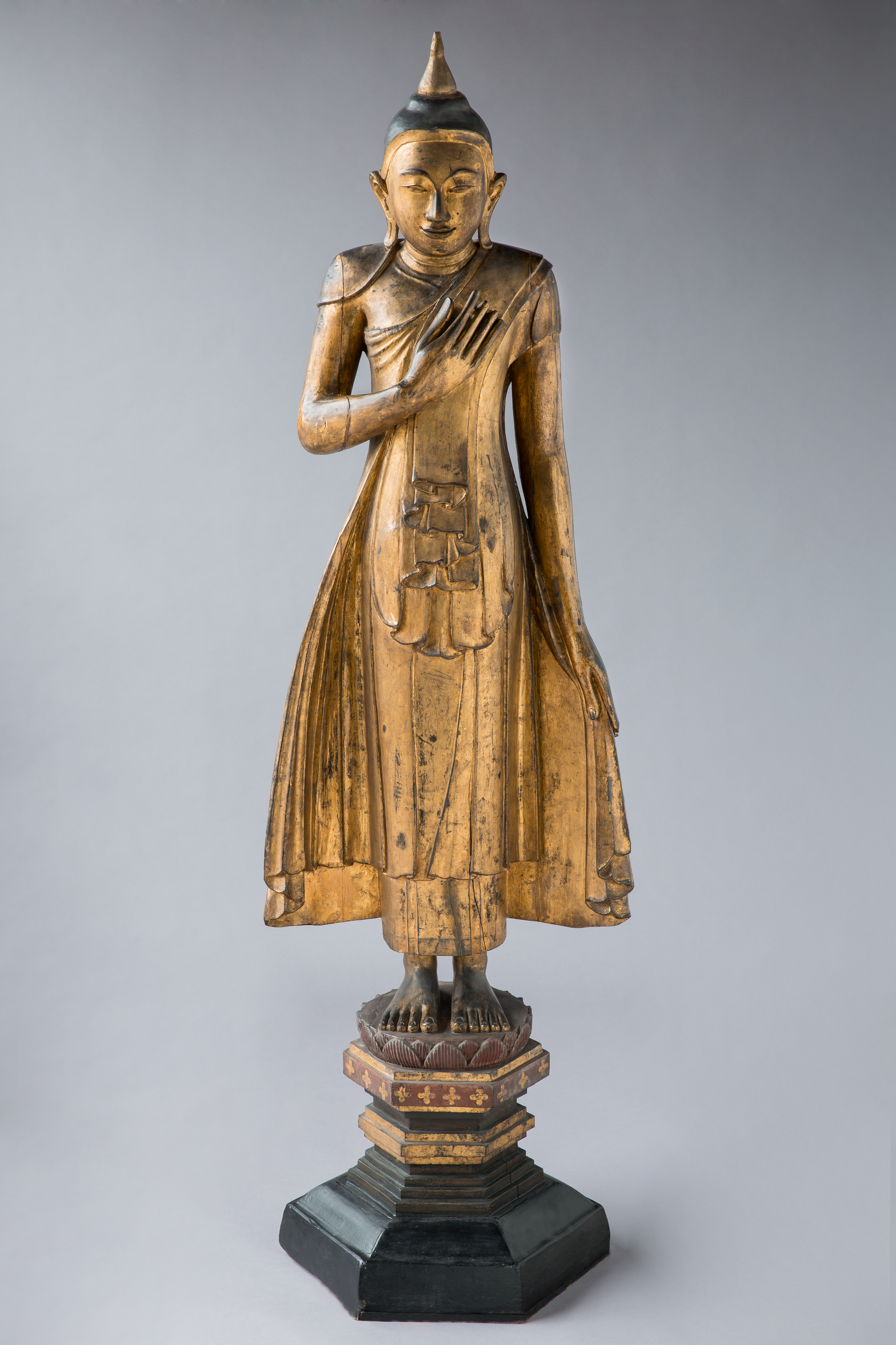 Figur, gold, lakiert zeigt Buddha Siddharta Gautama