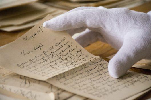 historische Briefe, Handschuh