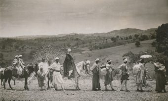 Caravan, woman, Ethiopia, journey, visiting trip, rider, porter, horses, sunshade, baggage, hillscape