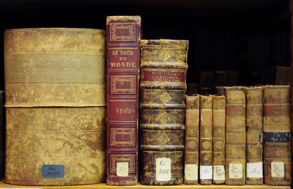 Einige alte Bücher der Europasammlung in der Bibliothek