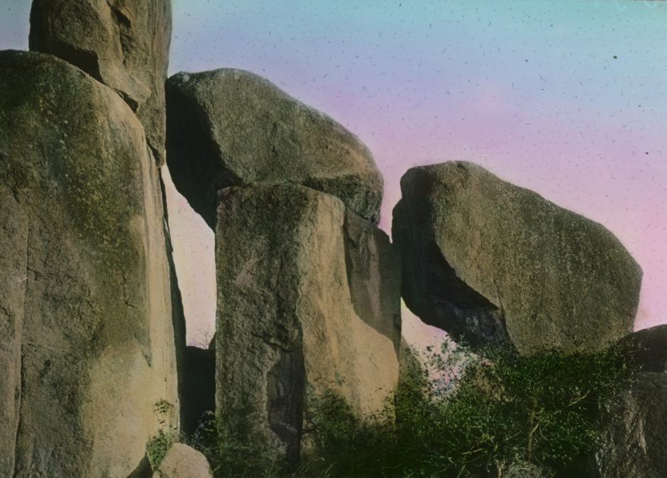 Expedition, Niellim, rock formation, photography, hand-colored, blue-pinkish sky