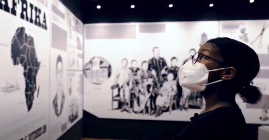 Blick in die Ausstellung Hey Hamburg, kennst Du Duala Manga Bell?!